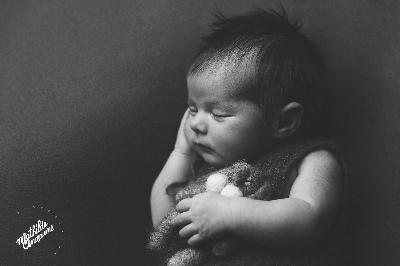 photographe de nouveau-né neuchatel