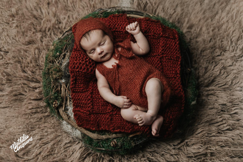 photographe de nouveau-né suisse romande