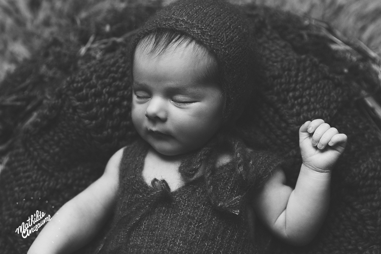 photographe de nouveau-né suisse